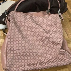 Coach purse pink with c logo pattern